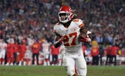 La NFL suspende ocho partidos a Hunt por golpear a una mujer