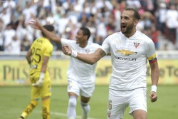 Hernán Barcos no se movería de Liga
