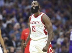 Los Rockets no comentan sobre incidente de Harden en club nocturno