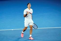 Federer resuelve en tres sets su duelo ante Struff