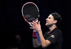 Thiem desencadena un terremoto para sobrevivir a Djokovic