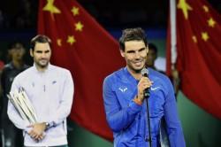 Federer gana a Nadal en la final de Shanghái y acaba con su racha de victorias