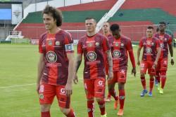 """(3-0) El """"Ponchito"""" le puso más """"Fuerza"""" al partido y venció a los de Machala"""