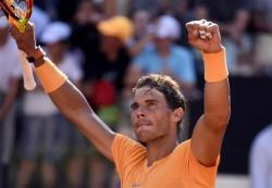 Rafa Nadal vence a Djokovic y buscará su octava corona romana