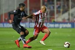 (2-0) Unión celebró ante Independiente en su debut internacional