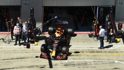 Verstappen, el mejor en los libres de Estiria; Pérez, tercero y Sainz, quinto