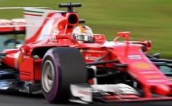 """Vettel: """"Creo que podemos hacer algo en la carrera"""""""