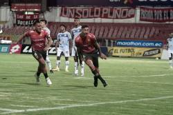 """(3-0) Contundente goleada """"morlaca"""" en Cuenca"""