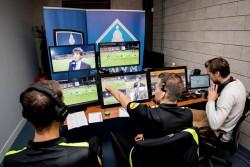 La liga holandesa implantará el videoarbitraje la próxima temporada