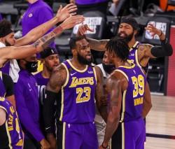(117-107) Lakers y James regresan a las Finales de la NBA