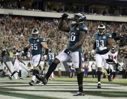 (18-12) Eagles inician defensa del título con triunfo poco brillante