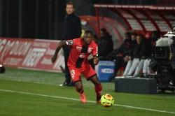 Chalá, un tiempo en empate del Dijon