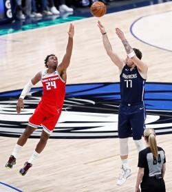 Lakers, Raptors y Thunder vuelven ganadores; Doncic y Williamson, dominantes