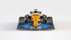 McLaren presenta su nuevo monoplaza de la mano de Carlos Sainz