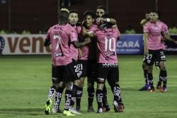 Independiente empata, pero sigue siendo el líder, tras la derrota de Delfín (Resumen)
