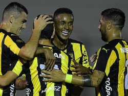 Positivo debut de Martínez con Peñarol