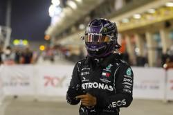 Hamilton eleva a 98 su récord histórico de 'poles' en Baréin