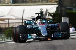 Hamilton lidera los primeros entrenamientos libres en Mónaco