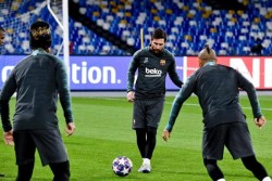 El Barça, aupado por la inercia de Messi, juega por primer vez en San Paolo