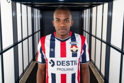 Jhonny Quiñónez se estrenó en la Eredivisie