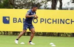 Valencia y el 'Kunty', debut esperado con el 'albo'