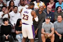 Lakers ya tienen mejor marca de la liga; Kings pueden con Celtics
