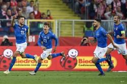 (0-1) Biraghi acaba en el minuto 92 con la sequía de victorias de Italia