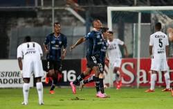 (3-2) Independiente vence a Mineiro y se mete a la lucha por los octavos