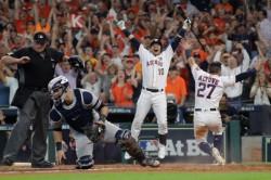 Astros toman el Yankee Stadium; Marineros no ceden; ganan Indios
