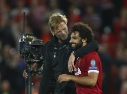 Klopp apoya a Salah y confirma el buen estado de Firmino