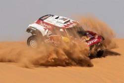 Carlos Sainz se lleva la séptima etapa y estira ventaja como líder del Dakar