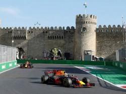 Verstappen lidera una gran jornada de Red Bull en los entrenamientos de Baku