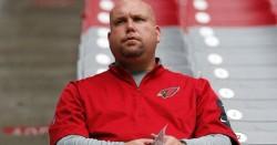 Los Cardinals suspenden a su gerente cinco semanas por conducir ebrio