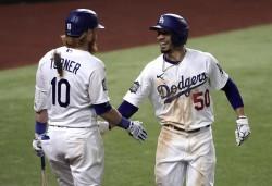 (8-3) Kershaw domina y pone a los Dodgers con ventaja en la Serie Mundial