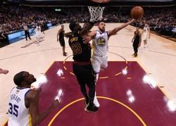 Los Warriors, con tres títulos, están más cerca de ser nueva dinastía