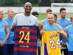 "Iniesta recuerda a Kobe Bryant: ""Terrible. Muy triste"""