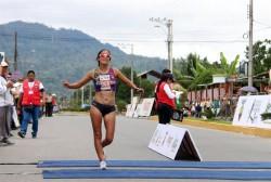Ecuatoriana fija récord sudamericano en 50 kilómetros y colombiano gana oro