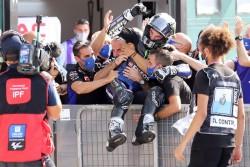 Viñales se impone en el Gran Premio de Emilia Romagna
