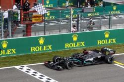 Hamilton, más líder tras ganar en Spa por delante de Bottas y Verstappen