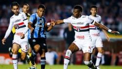 Palmeiras vence al Sao Paulo en el derbi y afianza su liderato en Brasil