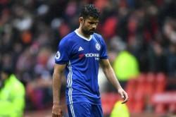 Costa es jugador del Chelsea y debe volver a los entrenamientos, dice el club