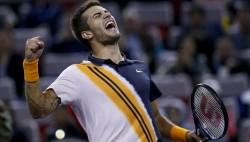 Coric elimina a Federer y jugará la final de Shanghái contra Djokovic