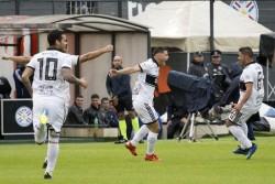 Olimpia gana a Cerro Porteño en el clásico paraguayo y toma el liderato