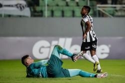 Cazares debuta con una 'pinturita' en el Brasileirao 2019