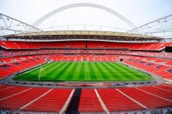 El multimillonario Khan retira su oferta para comprar Wembley