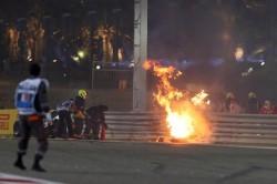 Grosjean, sin fracturas, pasará noche en hospital para tratar sus quemaduras