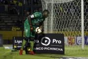 Johan Padilla, sancionado dos meses en El Nacional