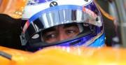 Russell, con el Mercedes, lidera el segundo día de test