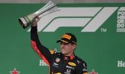 Verstappen se impone en un GP de Brasil desastroso para Ferrari