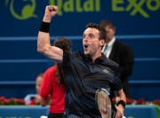 Roberto Bautista sólo gana un puesto por la victoria en Doha